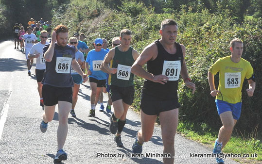 Gregg Moore #691 at the Kinsale 5 mile