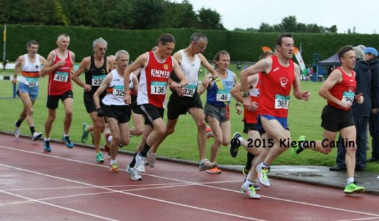 Richard in the middle of the pack just after the start of the 5000m race